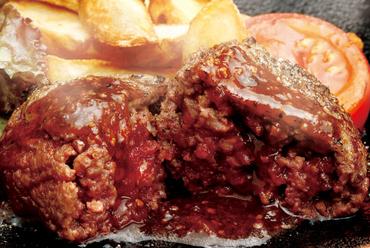 口中にジューシーな肉汁が広がる『Fabolousバーグ(オニオンソース)』
