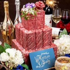 COWBOY看板メニューの鮮肉6種階段盛りや、和牛ロースステーキが付いた記念日にぴったりの豪華プランです◎