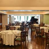 イタリアの貴族の館をモチーフとしたラグジュアリーレストラン