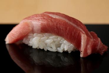 本⽇の逸品『おすすめ一貫にぎり寿司』