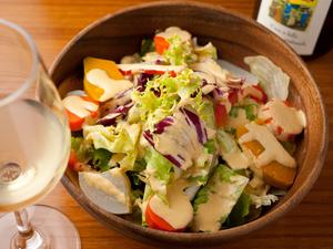 自然派ワインとの相性がぴったり! 『高原野菜のサラダ』
