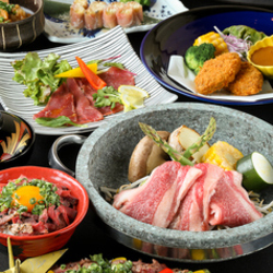 当店自慢の石焼きをはじめ、お肉料理をしっかりと楽しめるコースとなっております。宴会や接待に◎