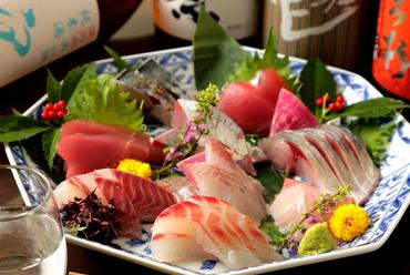 舞鶴から直送で届く、朝獲れ鮮魚『お造り盛り合わせ』