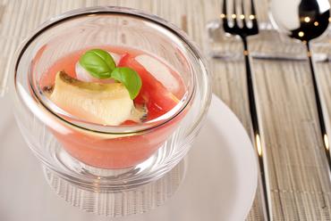 まるで美味の魔法。スープ『フルーツトマト、アワビ、アオリイカ』
