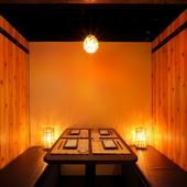 肉割烹×居酒屋の進化形居酒屋。和やかな雰囲気の店内
