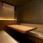 照明にもこだわり、居心地の良い個室空間を演出
