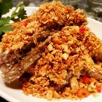 小籠包、伊勢海老、牛ハラミなど、HOIの人気料理をと旬を味わえます。