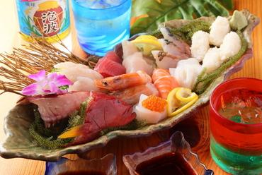 石垣の鮮魚を造りや寿司で楽しめる『造り盛り合わせ のっけ盛りセット』