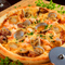 オーダーを受けてから焼き上げるピザ『シーフード・マリナーラ』