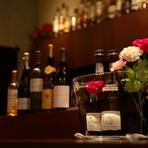食後はバー利用も愉しい。ワイン樽フィニッシュのウイスキーも!