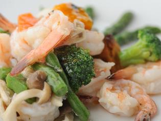 香港での思い出がたっぷりと詰まった『海老・野菜炒め』
