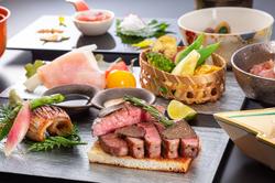 【松阪牛特選シャトーブリアンがメインの備長炭火焼きステーキ会席】松阪牛を贅沢に盛り込んだ会席料理。
