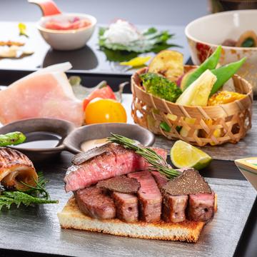 【特選松阪牛】松阪牛と海鮮の備長炭焼プレミアム松阪牛ステーキ