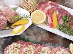牛肉を満喫できる全11品のコース!たっぷり愉しみたいという方にオススメ!お勤め先でのご宴会・飲み会に◎