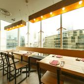 華やかな女子会へ感度の高い空間と料理を用意