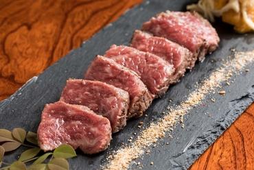 噛みしめるほどに味に差が出る『佐賀牛の炙り』