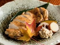柔らかい食感とスパイスが決め手の『ありたどりの七味焼』