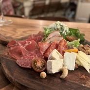 IKイタリア大人気の『アクアパッツァ』12月の旬のお魚&魚の旨味たっぷりのスープでパスタも楽しめます❗️