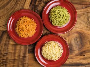 「パスタ」「チーズ」「オイル」、本場の素材で手掛ける逸品