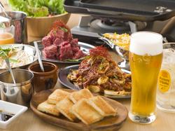 当店自慢のタレもみ焼き中心の120分の食べ放題と飲み放題を満喫できるスタンダードなプランです。