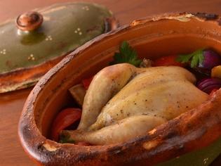 鶏の上質な旨味たっぷりな、アルザスの郷土料理『ベッコフ』