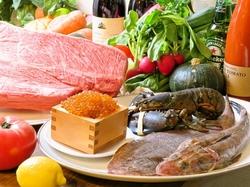 シェフが明石の海鮮や旬な食材を駆使してお料理、時間空間を提供いたします 特別な時間をバル OTTOでどうぞ