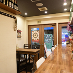 肩肘はらずに、おいしいイタリアン&創作料理を満喫できる店。気軽にくつろぐデート、ご夫妻での食事などに高い満足感をお届け。ボリューム満点&コスパ良しの皿が多く、二人でいろいろシェアして楽しめます!