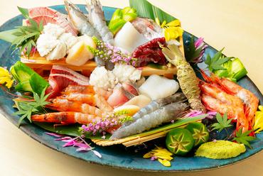 旬の魚介類を使用する『お造り』