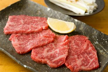黒毛和牛は産地にこだわらず、おいしいものだけをセレクト