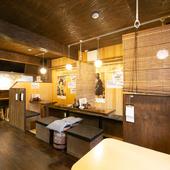 昭和の雰囲気漂う落ち着いた空間で、テレビ中継も見られる