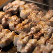 韓国の家庭料理から話題の『サムギョプサル』まで、豊富な品揃え