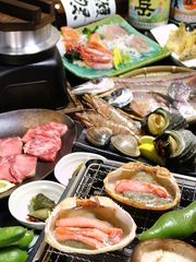 クーポンご利用で5500円⇒5000円! 海鮮浜焼き《ホタテ、蛤、海老》付き! 牡蠣も食べ放題!