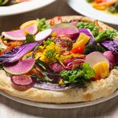 幸せすぎる一皿『Lammin特製 旬のお野菜もりもりピザ』