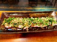 現地ではおやつにもなる十分な食べ応え!だしを利かせた甘く、厚みのある衣が特徴の『沖縄天ぷら』を味わう