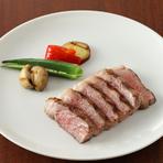 上級A5ランク特選黒毛山形牛サーロイン肉の炭火焼