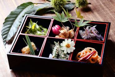 季節の前菜6種盛り合せ