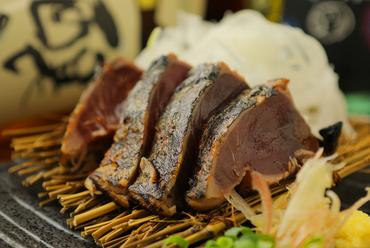熟成された香りと旨み『カツオの藁焼き』