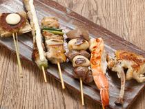 いろいろな串を食べ比べ『串鉄板お手軽コース 6本コース』