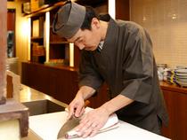 美味しい料理と笑顔での接客で、心地良く過ごせる海鮮居酒屋