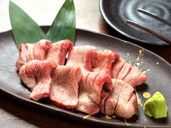 120分飲み放題付!仙台牛カルビ・ロース、熟成牛タン、ホルモン10種盛り堪能できる!お飲み物全38種類