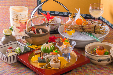 季節感溢れる『一粋お任せコース料理 菊(懐石)』