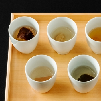 出汁を楽しむ6品のコース