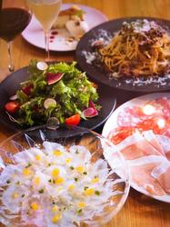 前菜からデザートまでしっかりついたお勧めプラン。 +1500円(飲み放題90分)+2000円(飲み放題120分)