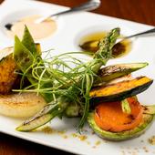 旬ならではの味わい『焼き野菜の盛り合わせ アンチョビオイルと明太子マヨネーズ』