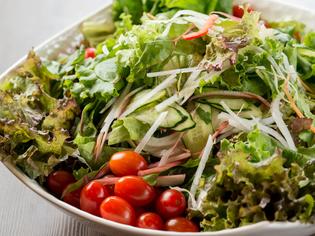 約13種類の新鮮な季節野菜『朝採れ野菜のグリーンサラダ』