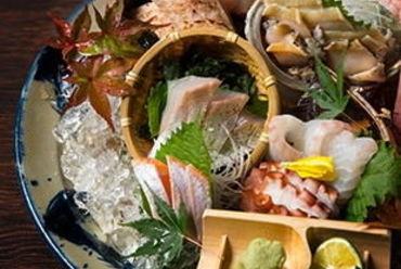 特選鮮魚八種盛り【番屋 鮮魚鬼盛り】