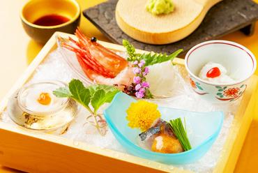 本来の旨みを持つ鮮魚を心ゆくまで堪能『天然お造里盛り合わせ』