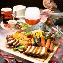 当店自慢のお肉を塊のまま、豪快に串に刺し、岩塩のみで焼き上げた本格シュラスコ※平日限定のコースです。
