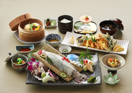 いか造り御膳 竹 ~名物「いか造り」をメインに、彩り華やかな昼の宴席料理
