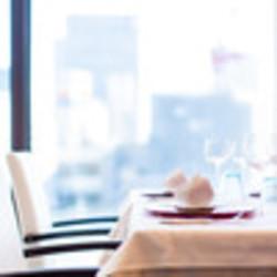 内容はシェフお任せアニバーサリーコース。 お料理グレードアップで記念日などでご利用くださいませ。